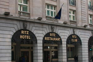 CRE_Digital_Education_Marketing_London_Ritz_IMG_6154_300_200